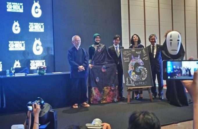 Alleira Batik Produces Batik with Ghibli Theme - The Indonesian Anime ...