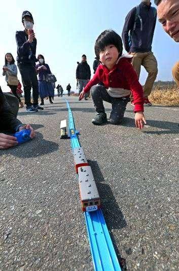 Kereta Model Untuk Mengenang Jalur KA Nonaktif