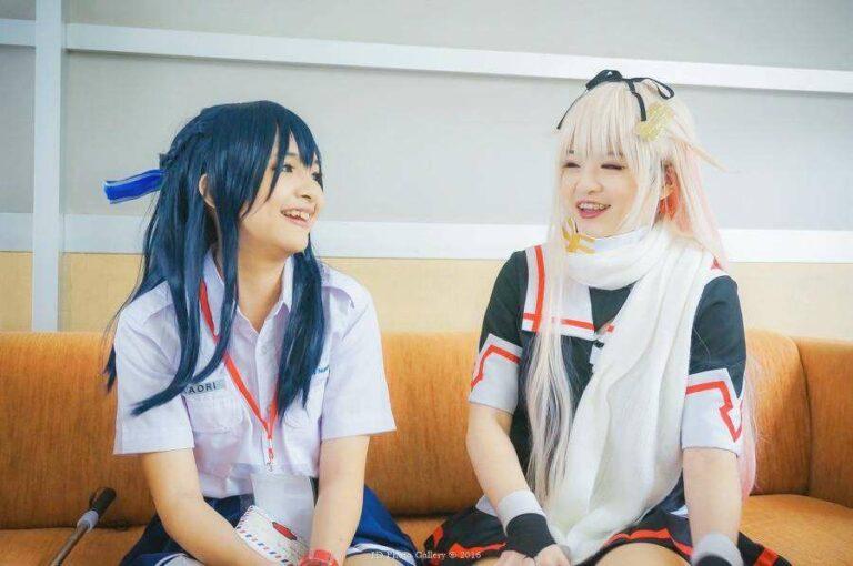 Misa & Si Kaori saat tengah berlangsungnya wawancara.