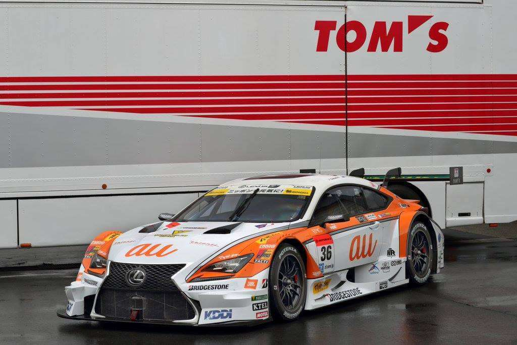 au TOM'S RC F #6, salah satu mobil Super GT kelas GT500 yang turun di musim 2016.