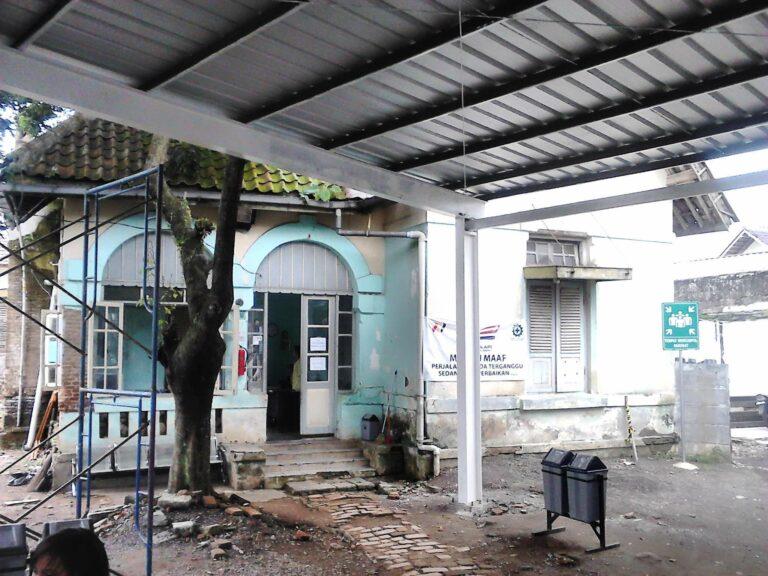 Bangunan eks-rumah dinas milik PT KAI
