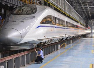 Hutang Perusahaan KA Tiongkok