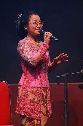 Hiromi Kano yang sangat fasih dalam budaya tradisional Jawa. (Ennichisai)