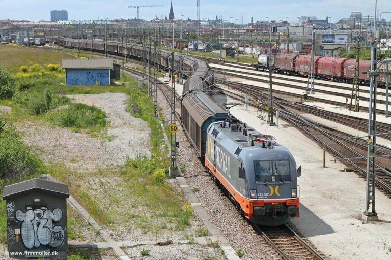 hectorrail242532-01