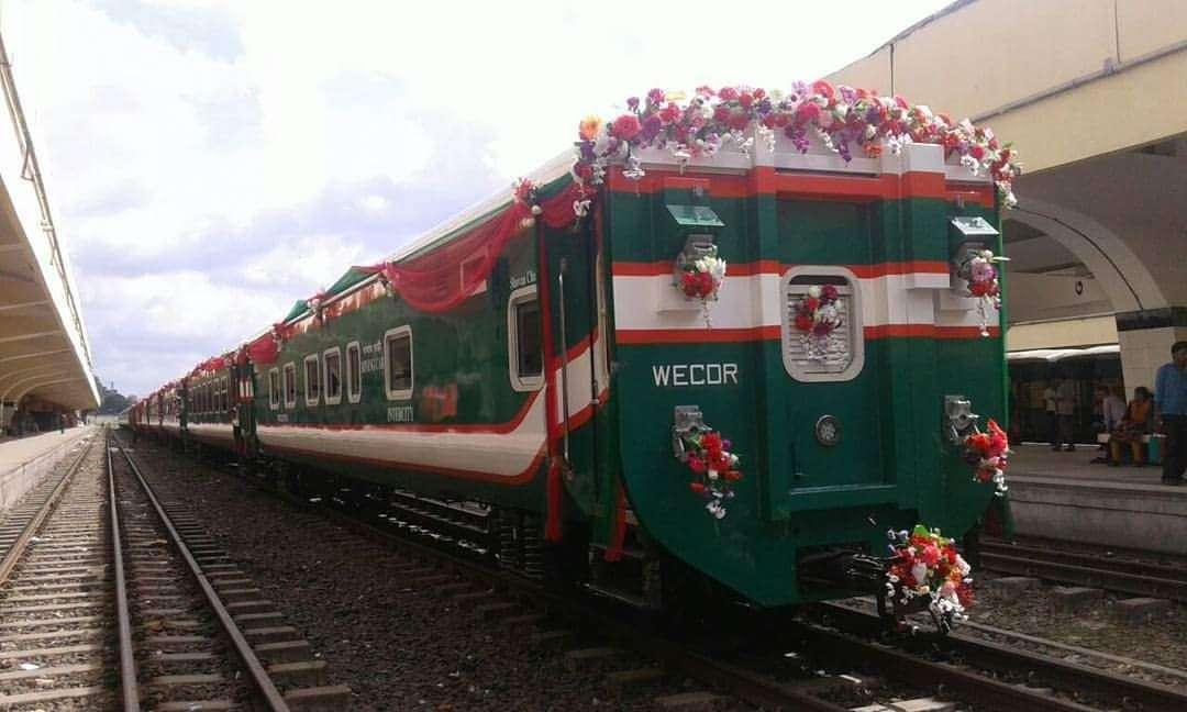 Bangladesh Gunakan Kereta Buatan Indonesia