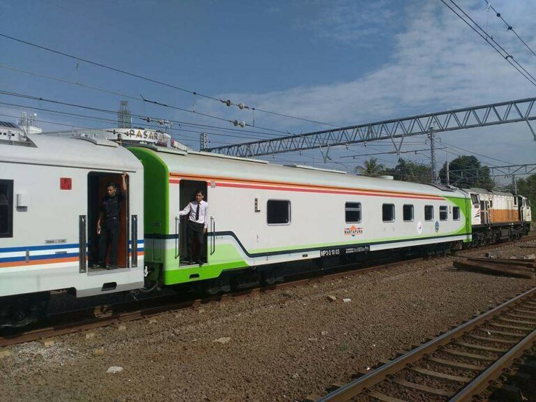 Kereta makan berpembangkit kedinasan milik Kemenhub, Martapura | Foto: Andi Ardiansyah