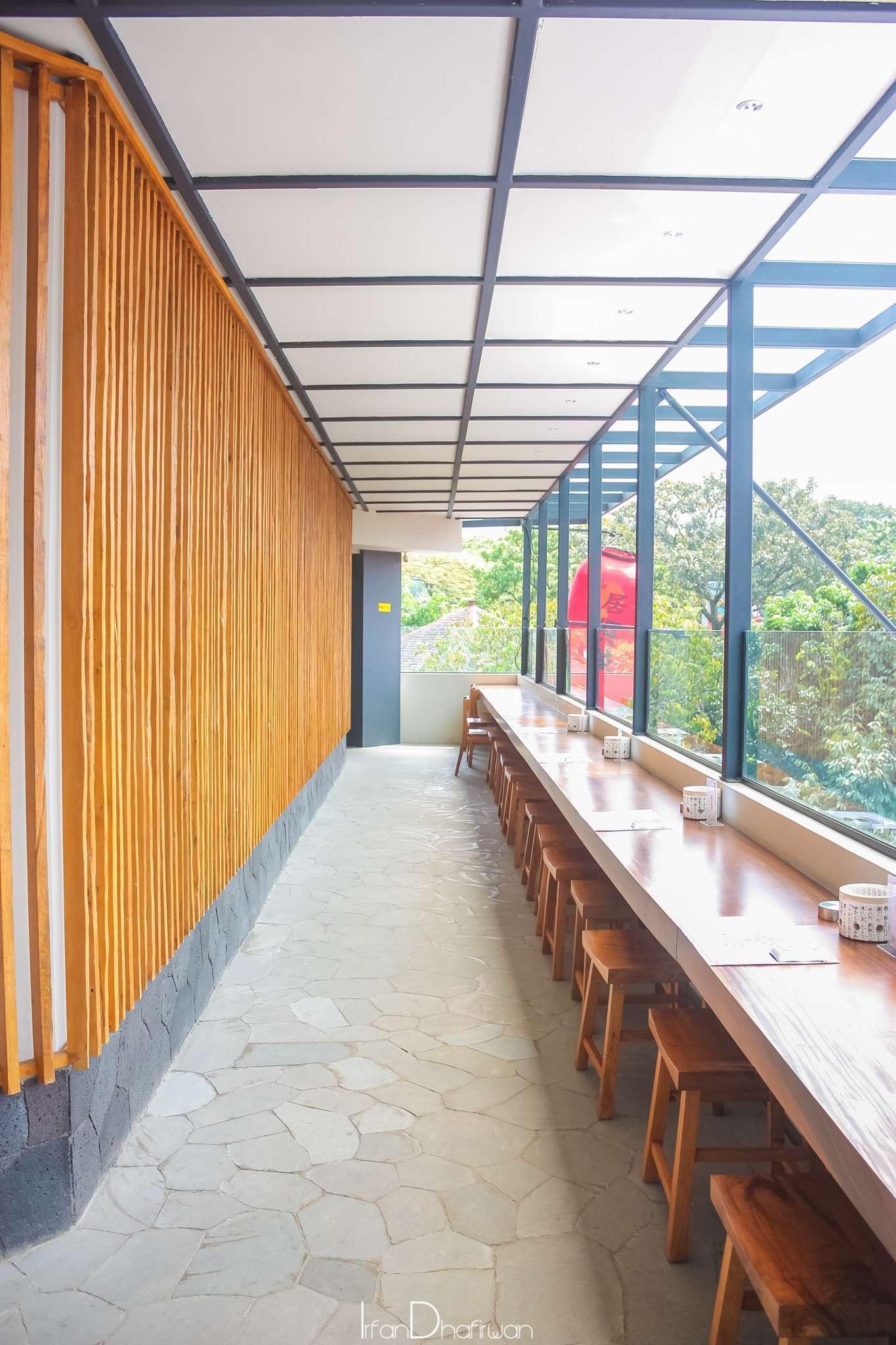 Kaori kuliner shingen izakaya restoran bernuansa jepang