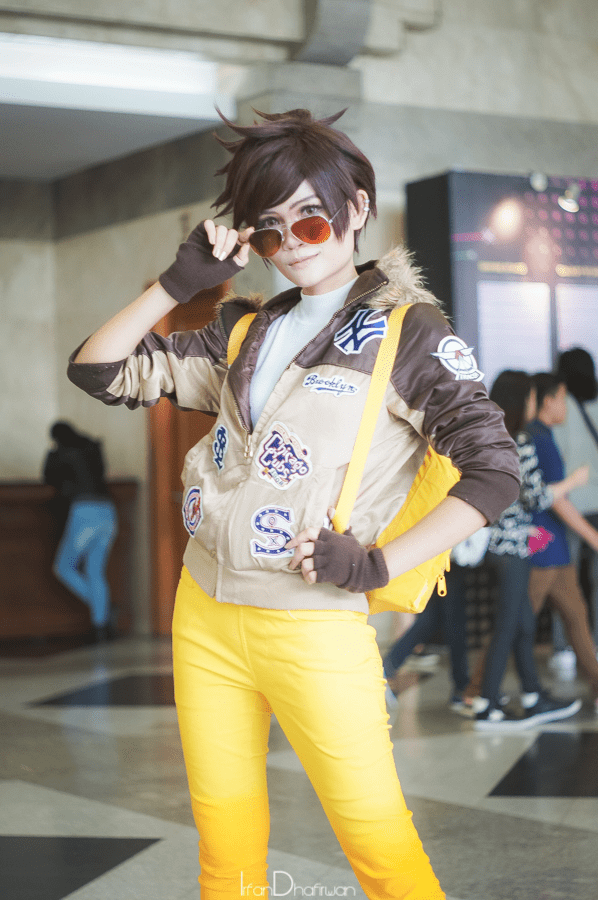 tracer-casual