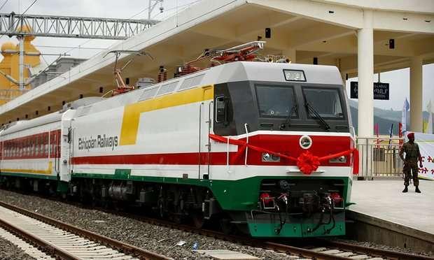 Lokomotif listrik yang akan melayani jalur Ethiopia dan Djibouti.