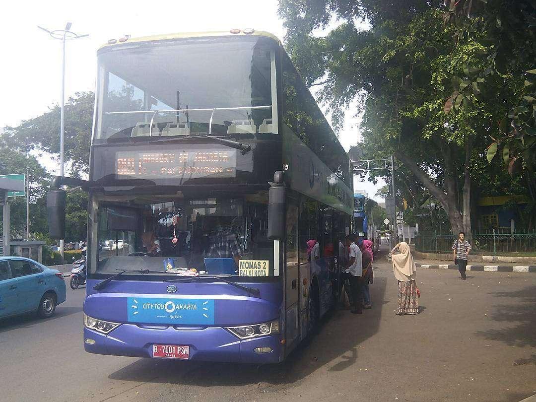 """Bus tingkat """"Jakarta City Tour"""" pertama merk BCI"""