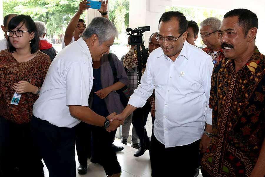 Menhub Budi mengatakan akan mengatifkan kembali jalur KA Yogyakarta - Magelang