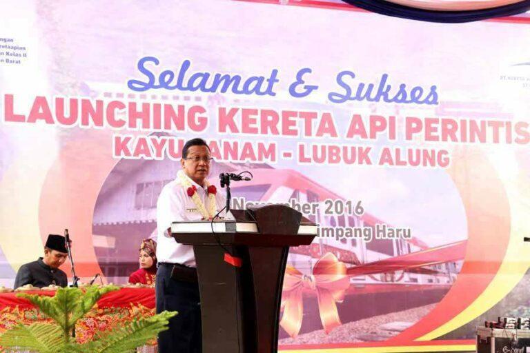 Edi Sukmoro saat menyampaikan sambutannya | Sumber: Kereta Api Kita