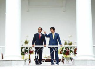 Presiden RI Joko Widodo bersama dengan PM Jepang Shinzo Abe | Sumber: setkab.go.id