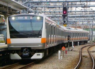 KRL seri E233-0 Tota 670 | Foto: 杉雅