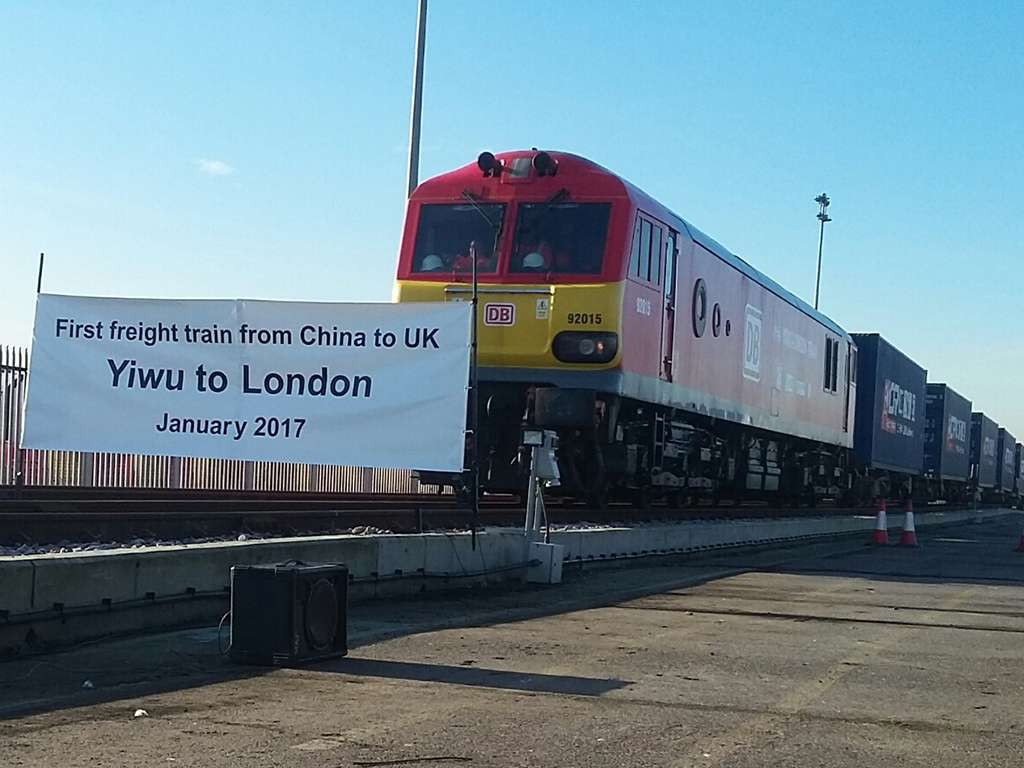 Kereta Api barang pertama dari Yiwu, Tiongkok tiba di London, Inggris | Sumber: railwaygazette.com (by: Yvonne Mulder)