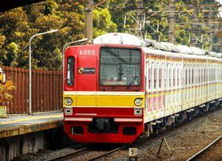 Ilustrasi: Foto KRL seri 6000 di Stasiun Tanjung Barat (KAORI Nusantara / Farouq Adhari)