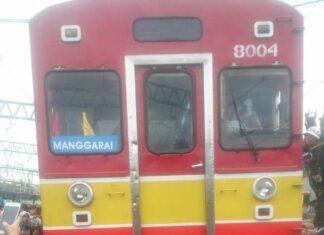 KRL Bekasi Tujuan Jakarta Kota Anjlok Dekat Jatinegara