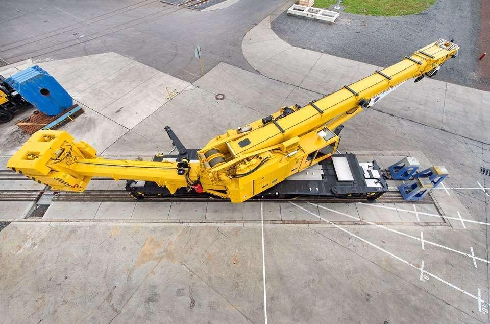 Crane Kirow 1210N Keluar Pabriknya di Leipzig, Jerman