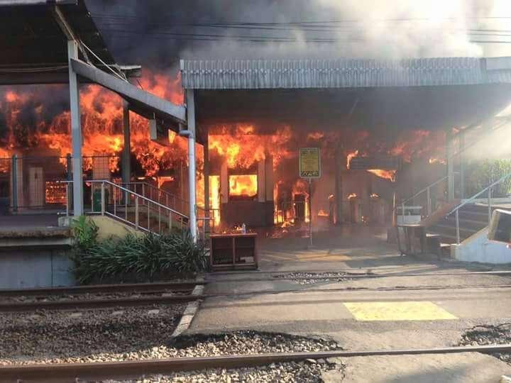 Kebakaran di Gedung Utama Stasiun Klender