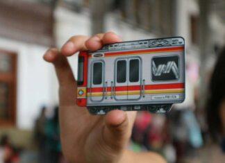 Varian terbaru Kartu Multi Trip dengan bentuk KRL | Sumber Foto: @transportforjakarta (Instagram)