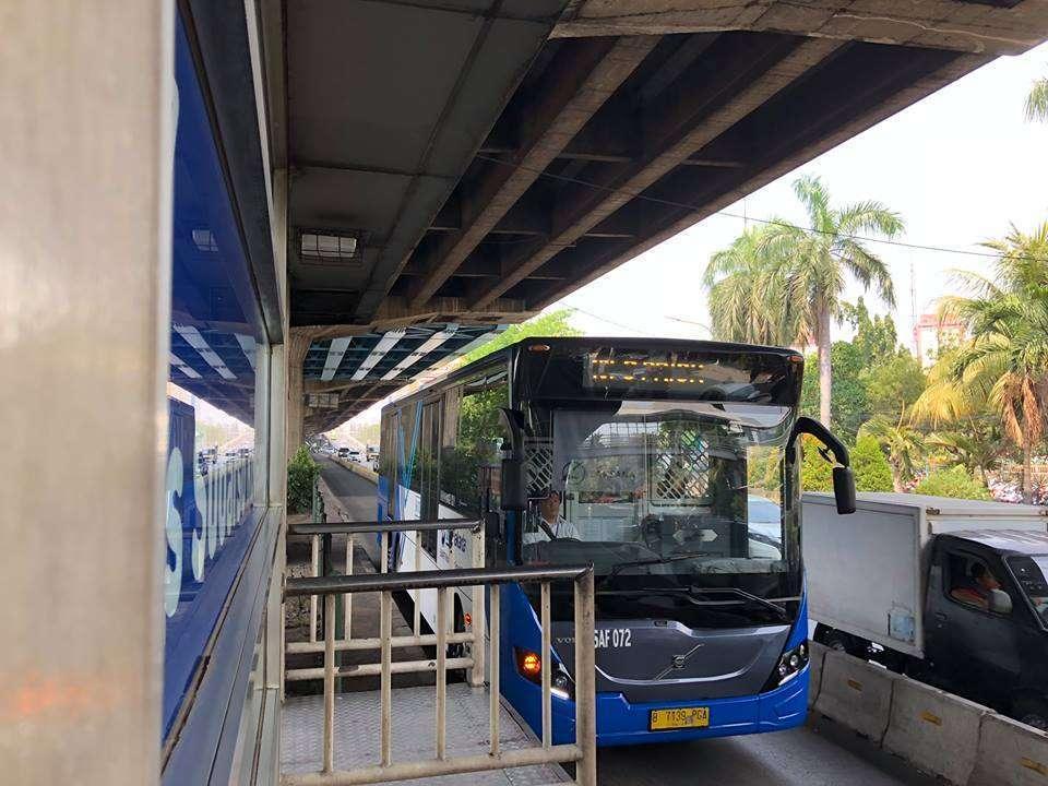 Transjakarta Operasikan Rute Kampung Rambutan Ke Harmoni Dan