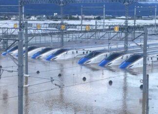 Tangkapan layar dari video yang beredar mengenai banjir di depo Nagano (Twitter/@juliokart)